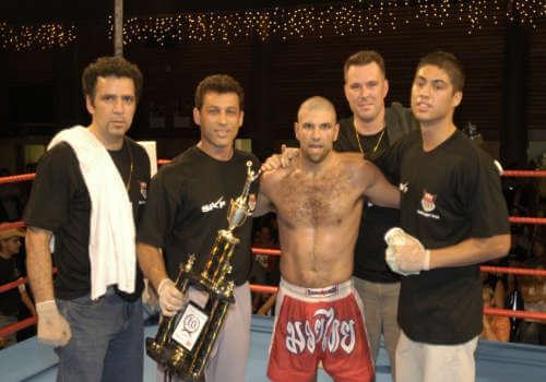 فانكوفر MMA الكيك بوكسينغ SKF كندا
